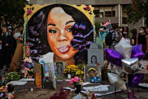 A grand jury decision leaves calls for 'justice for Breonna Taylor unanswered-plentyfi
